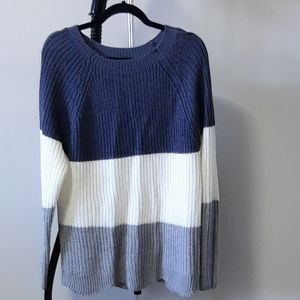 XL Suzy Shier color block crew nek knitted sweater